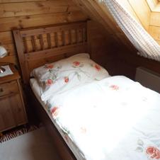 Fewo Gelb Schlafzimmer 2